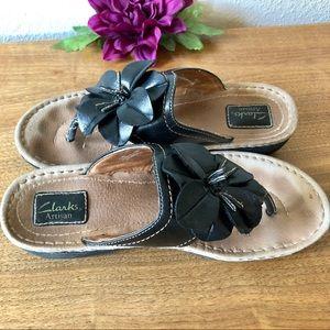 🖤 Clarks Artisan Leather Flower 🌸 Thong/Sandal